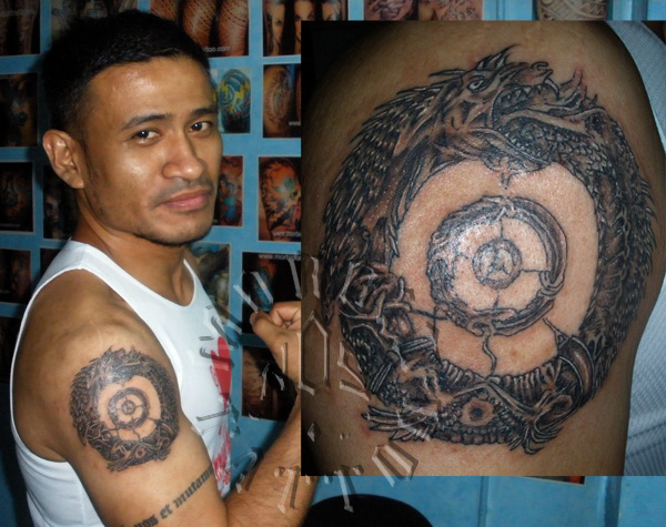 Ouroboros tattoo for Snake eating itself tattoo